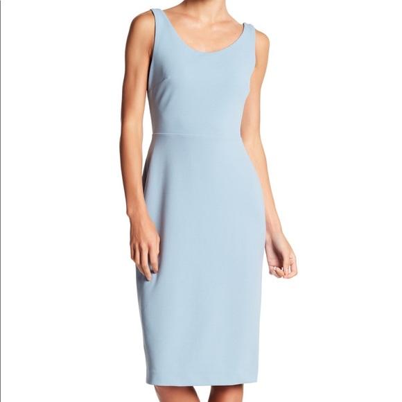 Betsey Johnson Dresses & Skirts - Scoop Neck Sleeveless Crepe Midi Dress